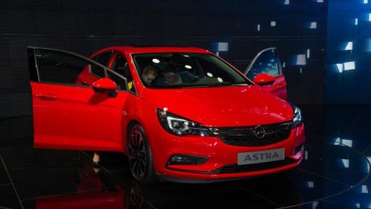 nur fuer redaktionelle Nutzung, Opel Astra aus 2015, IAA-Premiere, 16:9, slider
