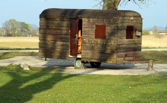 caravan-325418_640