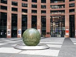 european-parliament-1371133_640