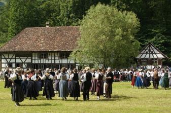 folk-dance-860244_640