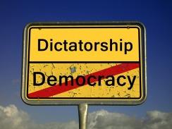 demokratie-2161890_640