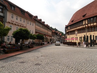 old-town-263985_640