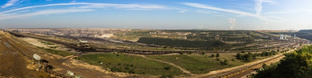 brown-coal-mining-989328_1280