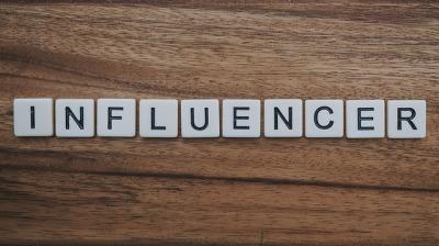 influencer-4202697_640