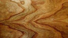 wood-622105_640